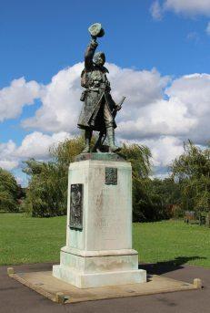 War Memorial, Radnor Gardens, Twickenham