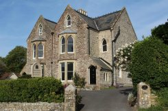 Cove House Bed and Breakfast, Lulworth Cove