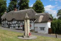 War Memorial and thatched cottages, Wherwell