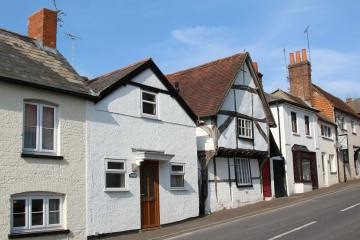 Tudor Cottage, Newbury Street, Whitchurch