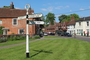 Signpost and Jane Austen's House Museum, Chawton