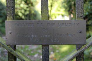 Memorial to Elizabeth Ann Thatcher, gate of St. Mary's Churchyard, Uffington