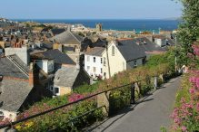 Footpath from Upper Car Park to the town, St. Ives