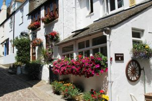 Shenley Cottage and Polwin Cottage, Bunkers Hill, St. Ives