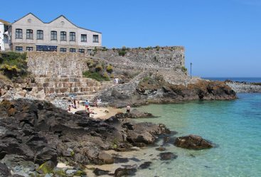St. Ives Museum and Bamaluz Beach, St. Ives