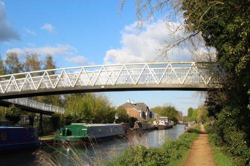 Footbridge 28A, Kennet and Avon Canal, near Aldermaston Wharf