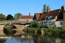 Hungerford Bridge and cottages, Kennet and Avon Canal, Hungerford Wharf