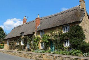 Thatched cottages, Hidcote Road, Ebrington