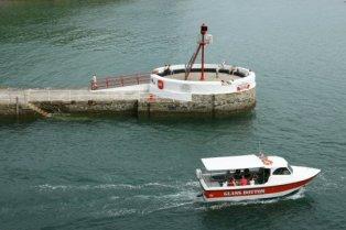 Banjo Pier and Glass Bottom boat, Looe