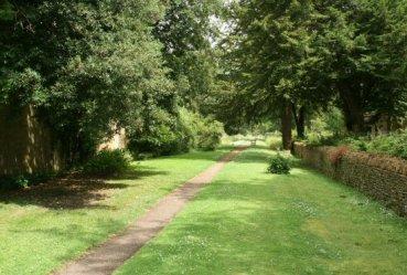 Church Walk, Great Tew