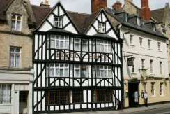 Fleece Hotel, Market Place, Cirencester
