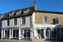 Larcombe's and Nessies Yarns and Crafts, Beaminster