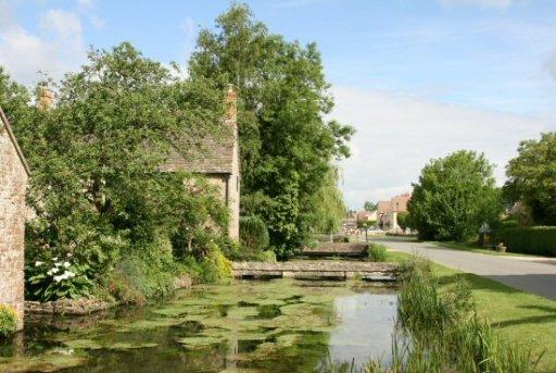 River Thames, alongside High Road, Ashton Keynes