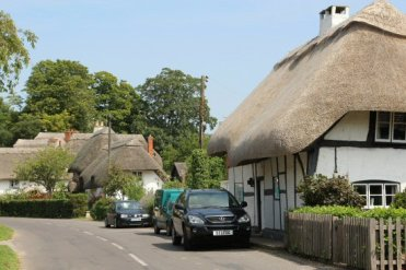 Thatched cottages, Chilbolton