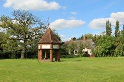 Wellhouse, Village Green, Ardeley