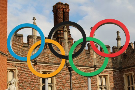 Olympic Rings, Hampton Court Palace. Olympic Road Cycling Time Trials, 2012