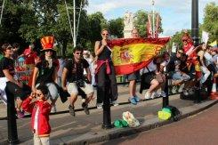 Spanish supporters, Buckingham Palace, Men's 20K Race Walk. London 2012 Olympic Games