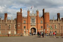 West Front, Hampton Court Palace, Men's Olympic Road Cycling Road Race, 2012