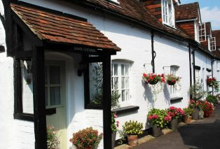 Barn Cottage, The Bury, Odiham