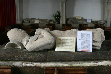 Aldworth Giant, Sir Nicholas de la Beche, St. Mary's Church, Aldworth