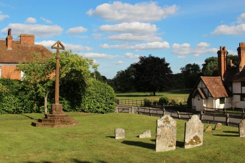 Robert Bridges' family cross, St. Peter and St. Paul Churchyard, Yattendon