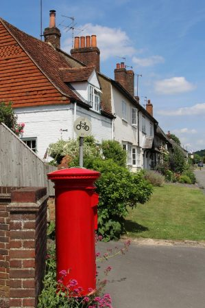 Red pillar box, Tring Road, Wendover