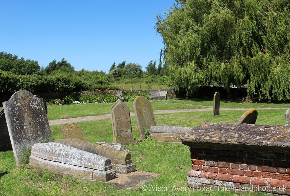 St. Margaret of Antioch Churchyard, Lower Halstow