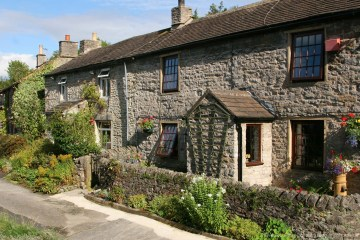 Waterside Cottages, Peaks Hole Water, Castleton