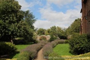Garden, Almshouses, Ewelme