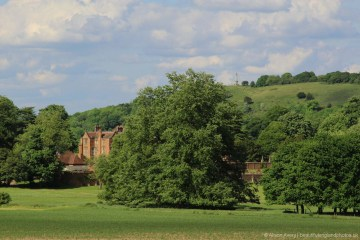 Chequers and Coombe Hill, from Cradle Footpath, The Ridgeway