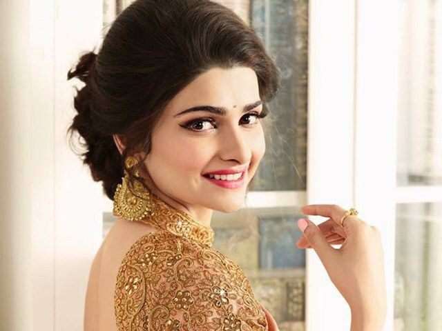 Beautiful girls in India - Prachi Desai, beautiful indian girl image, beautiful girl image, indian girls photos, indian girls images