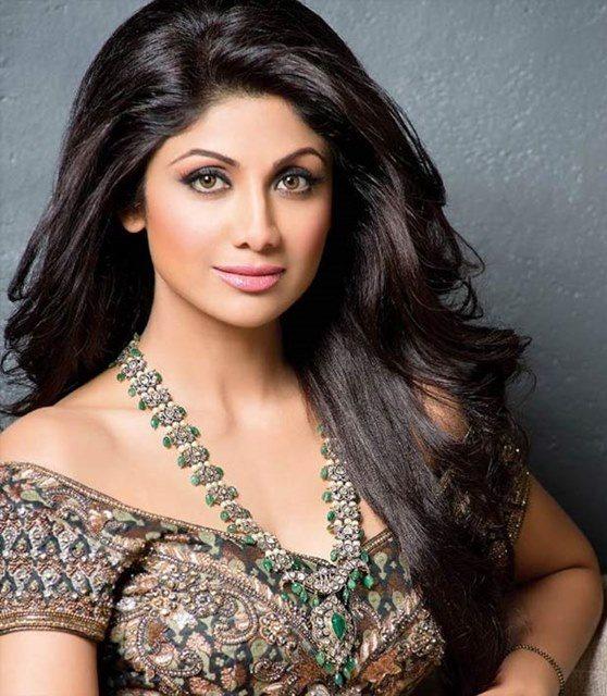 Beautiful girls in India - Shilpa Shetty, beautiful indian girl image, beautiful girl image, indian girls photos, indian girls images