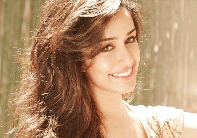Beautiful girls in India - Shraddha Kapoor, beautiful indian girl image, beautiful girl image, indian girls photos, indian girls images