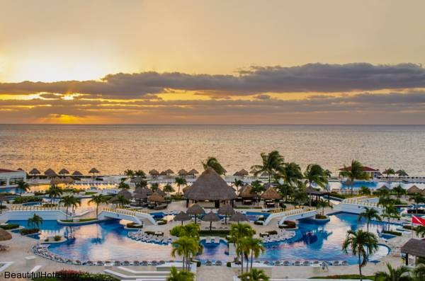 Moon Palace Golf & Spa Resort (Cancun, Mexico) *****