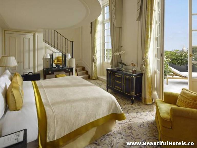 Shangri-La Hotel (Paris, France) 20
