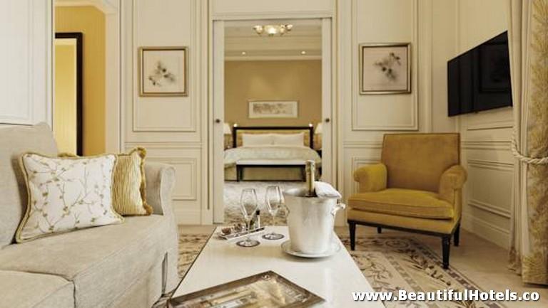 Shangri-La Hotel (Paris, France) 25