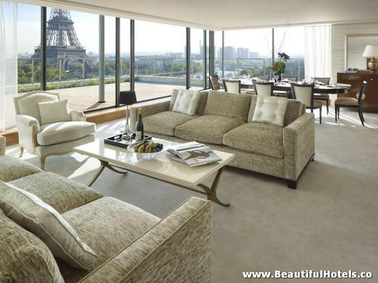 Shangri-La Hotel (Paris, France) 30