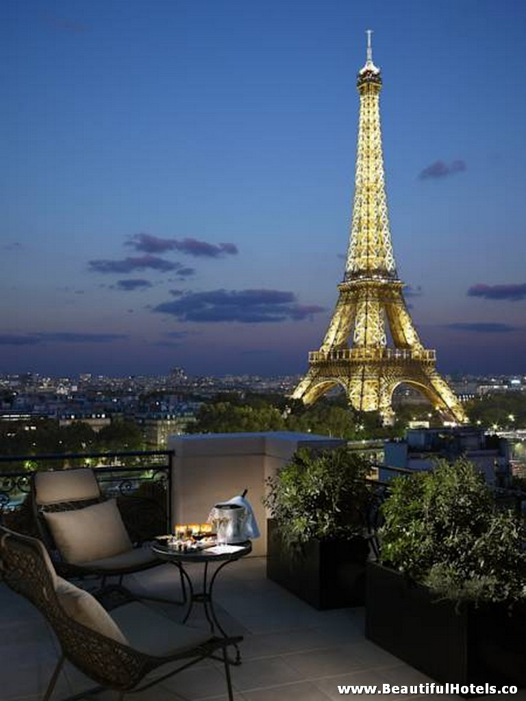 Shangri-La Hotel (Paris, France) 40