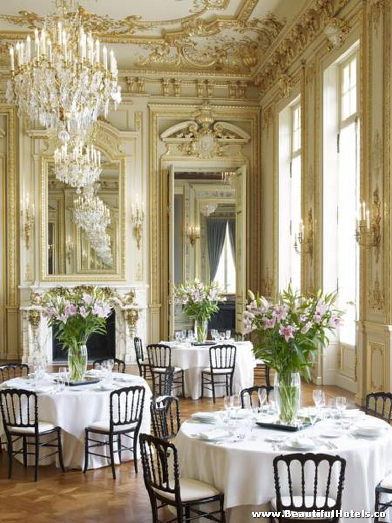 Shangri-La Hotel (Paris, France) 42