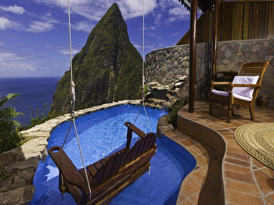 5 Amazing Hotels You Need To Visit Before You Die!