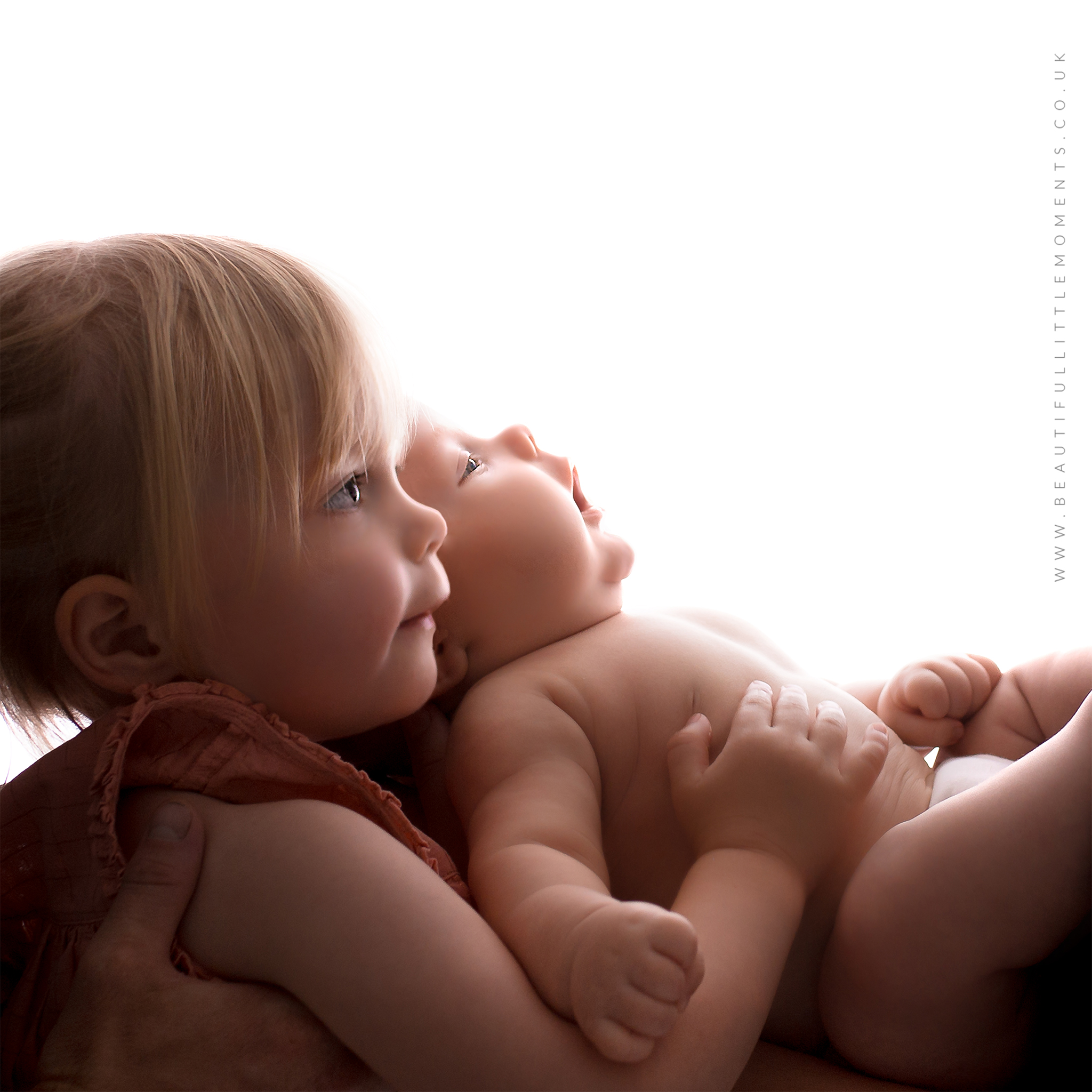 beautifullittlemoments.co.uk-epsom-surrey-baby-photography-7-week-old-epsom-surrey-sibling