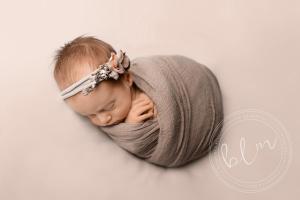 newborn-baby-girl-neutral-mocha-colours-wrap-headband-epsom-surrey