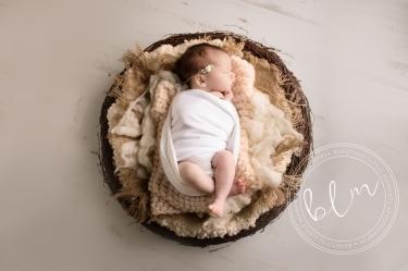 newborn-baby-photo-shoot-epsom-surrey-baby-nest
