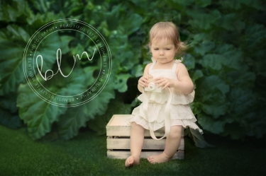 outdoor-photography-young-girl-child-park-epsom