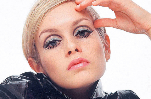 twiggy's hairstyle