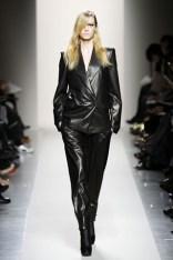 bottega-veneta-fall-2010-leather-hot-fashion-trends-2010