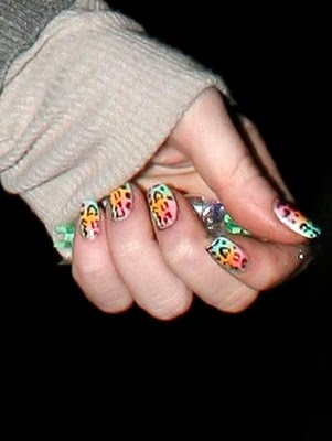 fall-winer-2010-nail-art-manicure-tips