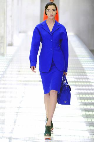 spring-2011-fashion-trends-prada-milan-fashion-week-magnetic-colors