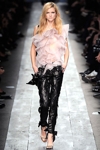 valentino-leather-fashion-tredns-2011-spring