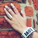 hand-792061_1920